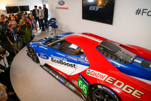 2015 24heures de Le Mans.  Ford Performance Press Conference. Qualifying Afternoon Session. Circuit Des 24 Heures, Le Mans, France, Europe. Friday 12 June 2015  Photo: Adam Warner/LAT ref: Digital Image _L5R4205