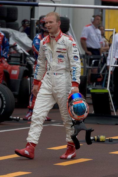 2005 GP2 Series - MonacoMonte-Carlo. 20th & 21st MaySaturday - RaceAlexandre Premat (F, ART GP). walks back after spinning and failing to restart. Portrait. Photo: GP2 Series Media Serviceref: Digital Image Only.