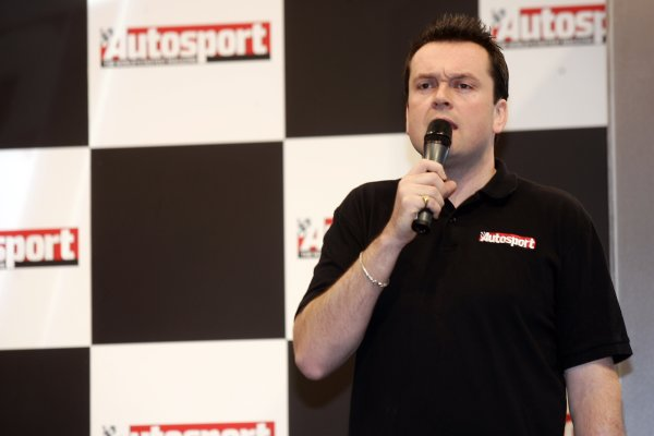 2006 Autosport International ExhibitionBirmingham NEC, Thursday 12th January 2006.Stage presenter Henry Hope-Frost in action.World Copyright: Andrew Ferraro/LAT Photographicref: Digital Image Only