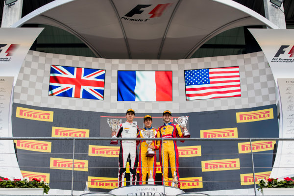 2017 GP3 Series Round 5.  Spa-Francorchamps, Spa, Belgium. Sunday 27 August 2017. George Russell (GBR, ART Grand Prix), Giuliano Alesi (FRA, Trident), Ryan Tveter (USA, Trident).  Photo: Zak Mauger/GP3 Series Media Service. ref: Digital Image _56I3173