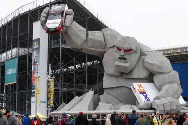 2-4 October, 2015, Dover, Delaware USA Miles the Monster ?2015, Brett Moist LAT Photo USA