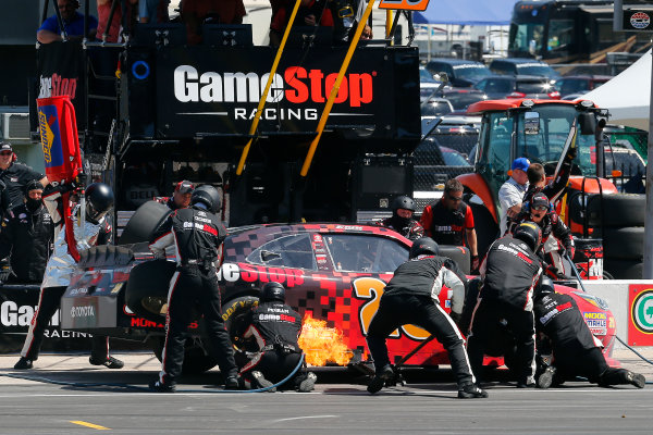 2017 NASCAR Xfinity Series My Bariatric Solutions 300 Texas Motor Speedway, Fort Worth, TX USA Saturday 8 April 2017 Erik Jones, Game Stop/ GAEMS Toyota Camry pit stop World Copyright: Russell LaBounty/LAT Images ref: Digital Image 17TEX1rl_3804