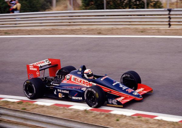 1987 Portuguese Grand Prix.Estoril, Portugal.18-20 September 1987.Philippe Alliot (Larrousse/Lola LC87 Ford).Ref-87 POR 29.World Copyright - LAT Photographic