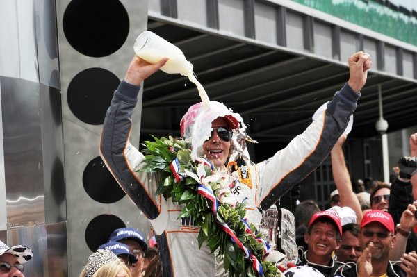 Dan Wheldon (GBR) Bryan Herta Autosport celebrates his Indy 500 win with the customary milk shower. IndyCar Series, Rd5, Indianapolis 500, Indianapolis Motor Speedway, Indianapolis, USA, 29 May 2011.