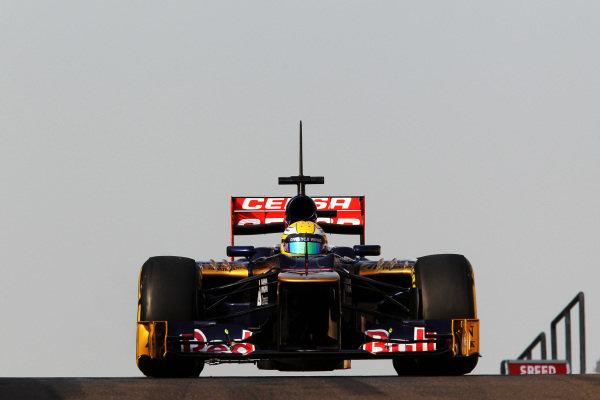 Luiz Razia (BRA) Scuderia Toro Rosso STR7. Formula One Young Drivers Test, Day Three, Yas Marina Circuit, Abu Dhabi, UAE, Thursday 8 November 2012.