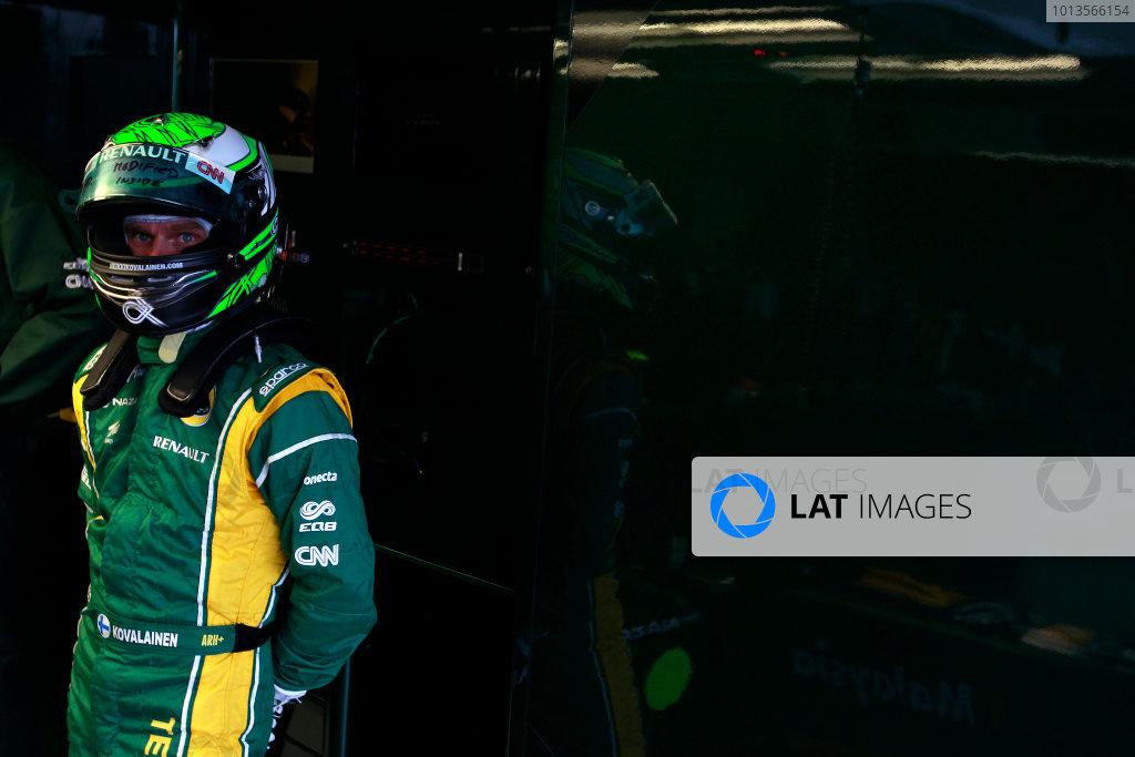 Albert Park, Melbourne, Australia24th March 2011.Heikki Kovalainen, Team Lotus Renault T128.World Copyright: Charles Coates/LAT Photographicref: Digital Image _X5J6400