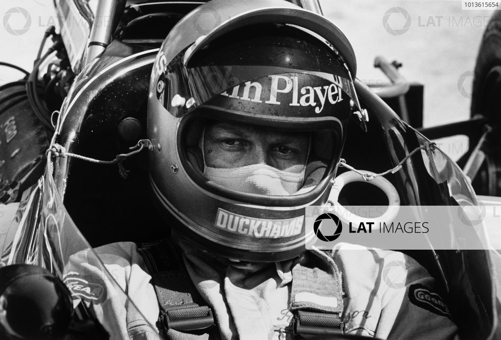 Interlagos, Sao Paulo, Brazil. 25 - 27 January 1974.Ronnie Peterson (Lotus 72D-Ford), 6th position, portrait. World Copyright: LAT Photographic.Ref: 5997 - 24A-25.