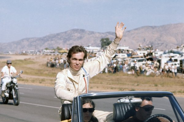 1970 Can-Am Challenge Cup.CanAm race. Riverside, California, United States (USA). 1 November 1970.Lothar Motschenbacher (McLaren M12-Chevrolet), 5th position. Portrait on the drivers' parade.World Copyright: LAT PhotographicRef: 35mm transparency 70CANAM32