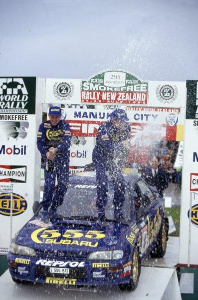 1995 World Rally Championship.New Zealand Rally, New Zealand. 27-30 July 1995.Colin McRae/Derek Ringer (Subaru Impreza 555), 1st position. Podium.World Copyright: LAT PhotographicRef: 35mm transparency 95RALLY17