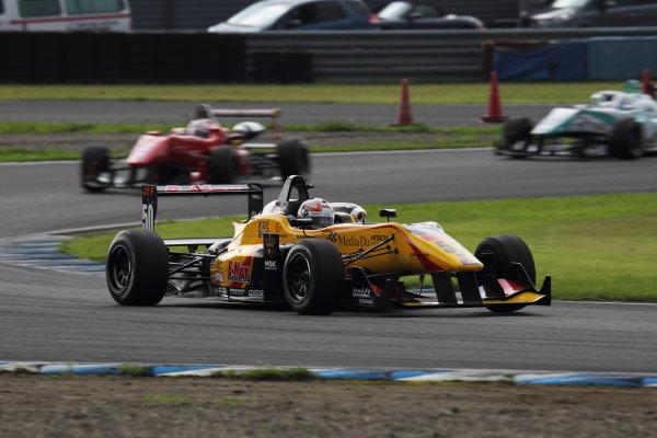 Motegi, Japan. 3rd - 4th August 2013. Rd 5. Race 1 - 2nd position Katsumasa Chiyo ( #50 B-MAX ENGINEERING ) action. World Copyright: Yasushi Ishihara/LAT Photographic. Ref: 2013JF3_Rd10_010