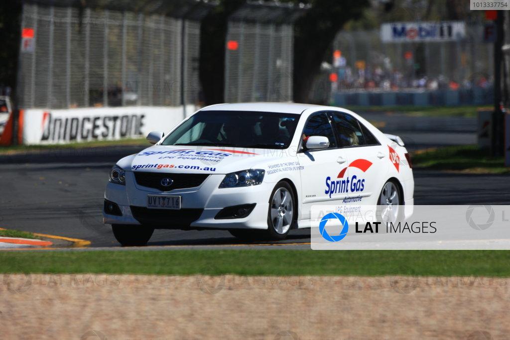 Albert Park, Melbourne, Australia 29th March 2009 Australian V8 Supercars.  Race 3.  World Copyright: LAT Photographic ref: Digital Image H4528