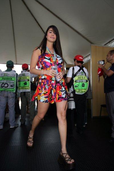 2007 Brazilian Grand Prix - Sinday RaceInterlagos, Sao Paulo, Brazil21st October 2007.Formula Unas. Glamour. World Copyright: Andrew Ferraro/LAT Photographicref: Digital Image VY9E7603