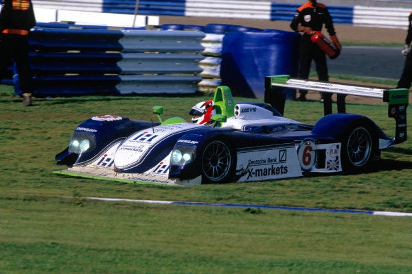 2004 Le Mans Endurance SeriesSilverstone 1000 KilometersSilverstone, England. 12th - 14th August 2004Barbosa/Short/Pearce (Dallara LMP2003-Judd) on the grass.World Copyright: Glenn Dunbar/LAT Photographicref: 35mm Transparency A20
