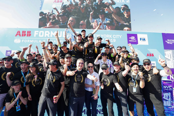 DS Techeetah team photo on the podium after Jean-Eric Vergne (FRA), DS TECHEETAH wins the championship