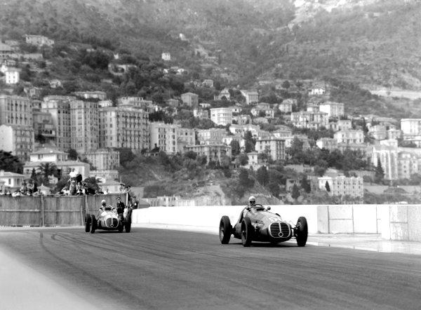 "1950 Monaco Grand Prix.Monaco, Monte Carlo. 21st May 1950.""B Bira"" leads Louis Chiron (both Maserati 4CLT/48). Ref-C26708.World Copyright: LAT Photographic"