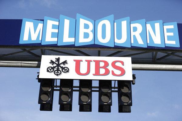 Albert Park, Melbourne, Australia. Friday 13 March 2015. The start lights. World Copyright: Steven Tee/LAT Photographic. ref: Digital Image _L4R1141
