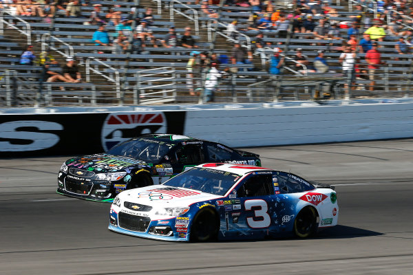 Monster Energy NASCAR Cup Series AAA Texas 500 Texas Motor Speedway Fort Worth, TX USA Sunday 5 November 2017 Austin Dillon, Richard Childress Racing, Winter in PyeongChang Chevrolet SS and Joey Gase, Tommy Baldwin Racing, DonateLifeTexas.org Chevrolet SS World Copyright: Russell LaBounty LAT Images