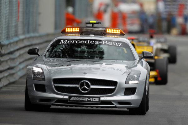 Monte Carlo, Monaco. 15th May 2010. Saturday Race.The Safety car leads the field. Action. Photo: Andrew Ferraro/GP2 Media Service.Ref: _Q0C7455 jpg