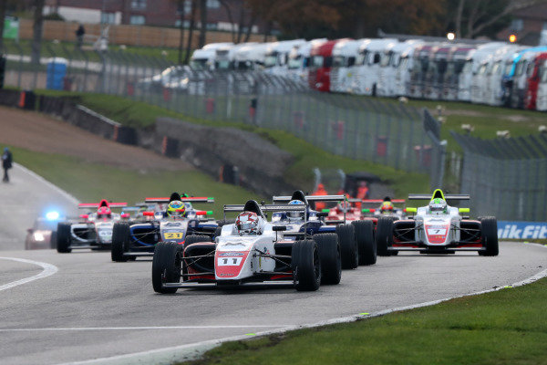 Start- Leading- Luke Browning (GBR) - Fortec British F4