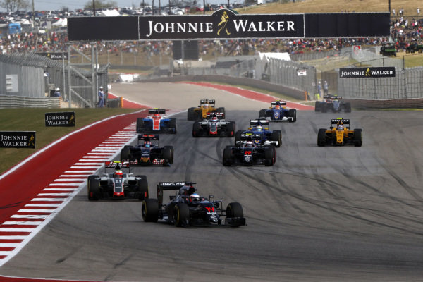 Fernando Alonso (ESP) McLaren MP4-31 on lap one at Formula One World Championship, Rd18, United States Grand Prix, Race, Circuit of the Americas, Austin, Texas, USA, Sunday 23 October 2016.