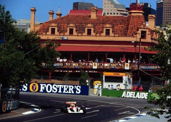 1991 Australian Grand Prix.Adelaide, Australia.3 November 1991.Ayrton Senna (McLaren MP4/6 Honda) qualifying on pole. World Copyright - LAT Photographic