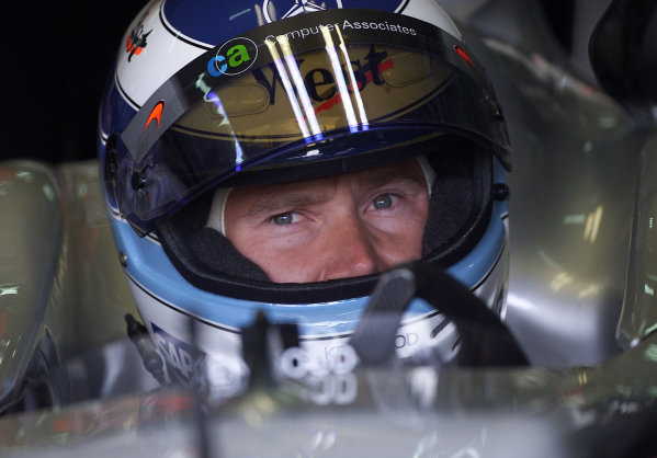 2001 European Grand Prix - RaceNurburgring, Germany. 24th June 2001.Mika Hakkinen, West McLaren Mercedes MP4/16, portrait.World Copyright: Steve Etherington/LAT Photographicref: 18mb Digital Image Only