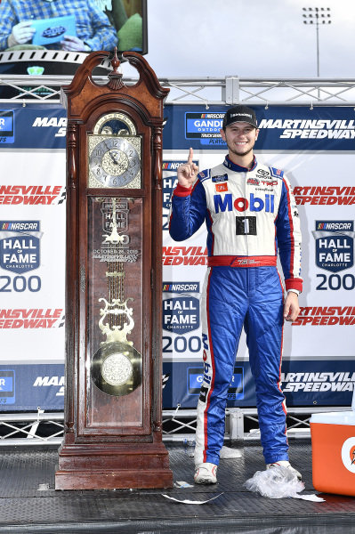 #4: Todd Gilliland, Kyle Busch Motorsports, Toyota Tundra Mobil 1 wins