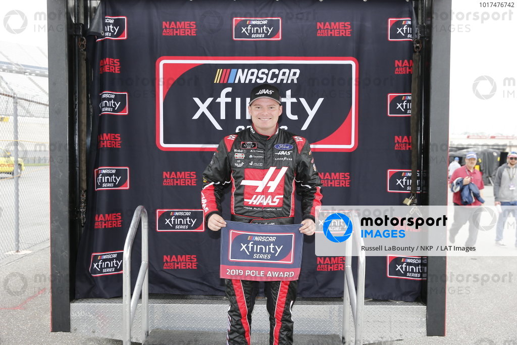 #00: Cole Custer, Stewart-Haas Racing, Ford Mustang Haas Automation pole award