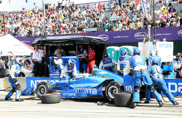 5 June, 2016, Detroit, Michigan USA Tony Kanaan Pit Stop ©2016, Maria W. Grady LAT Photo USA