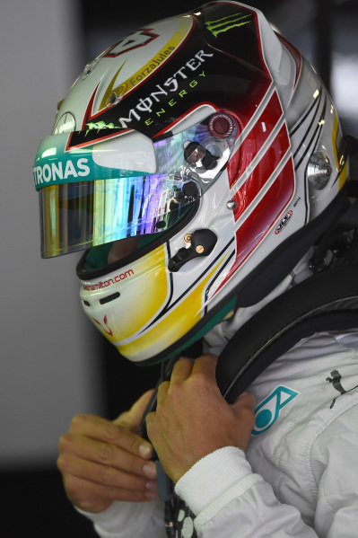 Lewis Hamilton (GBR) Mercedes AMG F1.Formula One World Championship, Rd16, Russian Grand Prix, Qualifying, Sochi Autodrom, Sochi, Krasnodar Krai, Russia, Saturday 11 October 2014.