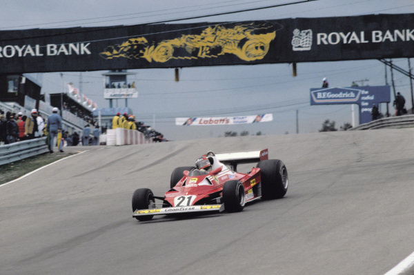 Mosport Park, Ontario, Canada.7 Gilles Villeneuve (Ferrari 312T2), 12th position, action. World Copyright:c Ref:  77CAN24.
