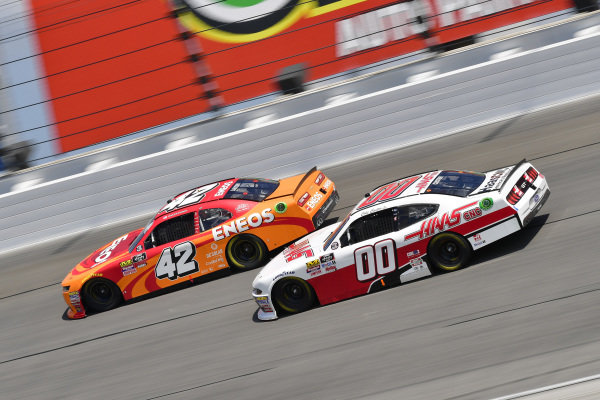 #42: Kyle Larson, Chip Ganassi Racing, Chevrolet Camaro ENEOS, #00: Cole Custer, Stewart-Haas Racing, Ford Mustang Haas Automation