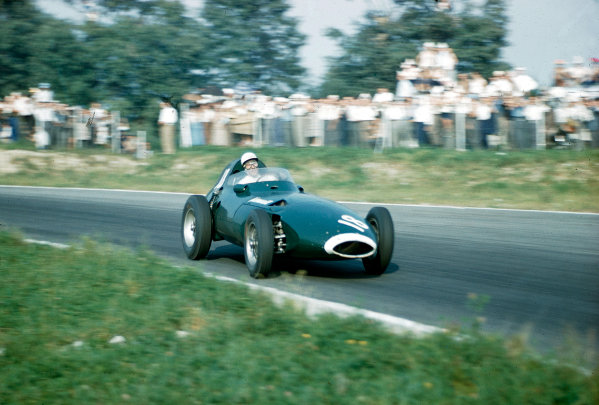 1957 Italian Grand Prix.Monza, Italy.6-8 September 1957.Stirling Moss (Vanwall VW) 1st position.Ref-57 ITA 13.World Copyright - LAT Photographic