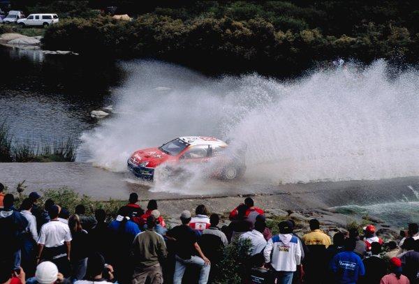 2003 World Rally ChampionshipRally Argentina, Cordoba, Argentina, 7th - 11th May 2003.Carlos Sainz/Marc Marti (Citroen Xsara), action.World Copyright: LAT Photographicref: 03WRCArg12