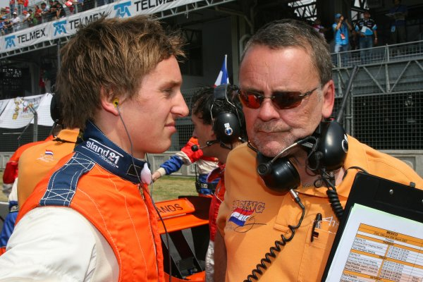 25.03 2007 Mexico City, Mexico, Renger van der Zande, Driver of A1Team Netherlands with David stubbs - A1GP World Cup of Motorsport 2006/07, Round 9, Mexico City, Sunday Race 1 - Copyright A1GP - Free for editorial usage