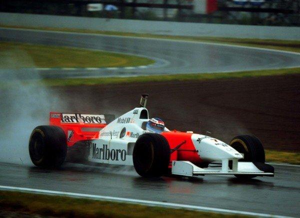 1996 Spanish Grand Prix.Catalunya, Barcelona, Spain.31/5-2/6 1996.Mika Hakkinen (McLaren MP4/11 Mercedes-Benz) 5th position.World Copyright - LAT Photographic