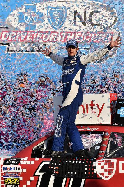 #10: A.J. Allmendinger, Kaulig Racing, Chevrolet Camaro Digital Ally in victory lane