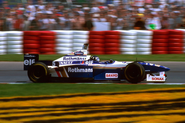 Montreal, Quebec, Canada.14-16 June 1996.Damon Hill (Williams FW18 Renault) 1st position.Ref-96 CAN 07.World Copyright - LAT Photographic