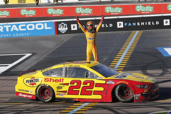 #22: Joey Logano, Team Penske, Ford Mustang Shell Pennzoil celebrates his win