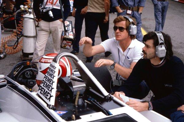 1981 Monaco Grand Prix. Monte Carlo, Monaco. 29-31 May 1981. Nelson Piquet (Brabham BT49C Ford) with Gordon Murray and Alastair Caldwell. Ref-81MON21. World Copyright - LAT Photographic