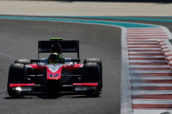 2015 GP2 Series Test 3. Yas Marina Circuit, Abu Dhabi, United Arab Emirates. Wednesday 2 December 2015. Nick Yelloly (GBR, MP Motorsport)  World Copyright: Sam Bloxham/LAT Photographic. ref: Digital Image _G7C9137