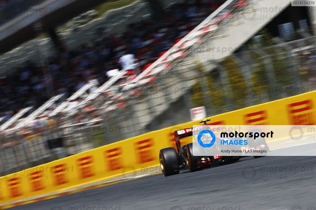 Circuit de Catalunya, Barcelona, Spain. Friday 9 May 2014. Pastor Maldonado, Lotus E22 Renault. World Copyright: Andy Hone/LAT Photographic. ref: Digital Image _ONY8689