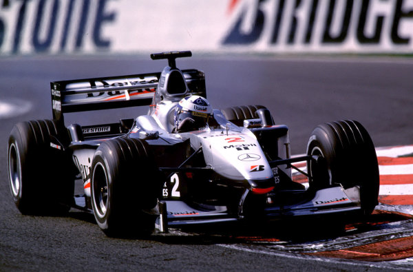 2000 French Grand Prix.Magny-Cours, France. 30/6-2/7 2000.David Coulthard (McLaren MP4/15 Mercedes) 1st position.World Copyright - LAT PhotographicFormat: 35mm transparency