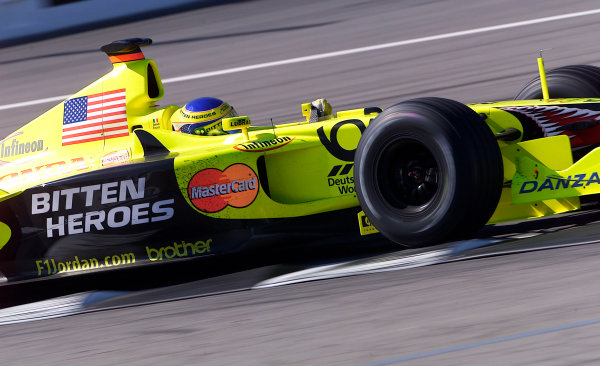 2001 American Grand Prix - RaceIndianapolis, United States. 30th September 2001.Jarno Trulli, Jordan Honda EJ11, action.World Copyright: Steve Etherington/LAT Photographicref: 18mb Digital Image