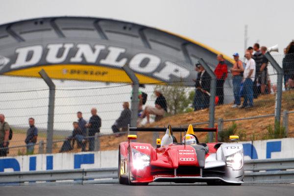 Circuit de La Sarthe, Le Mans, France. 6th - 13th June 2010.Tom Kristensen / Dindo Capello / Allan McNish, Audi Sport Team Joest, No 7 Audi R15-Plus TDI. Action. World Copyright: Alastair Staley/LAT PhotographicDigital Image _O9T6816 jpg