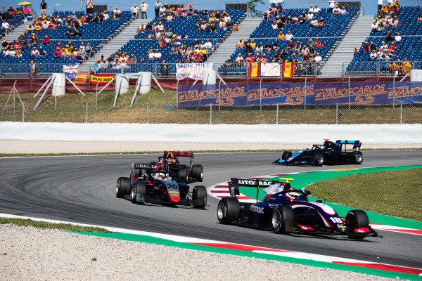Pedro Piquet (BRA, Trident) and Leonardo Pulcini (ITA, Hitech Grand Prix)