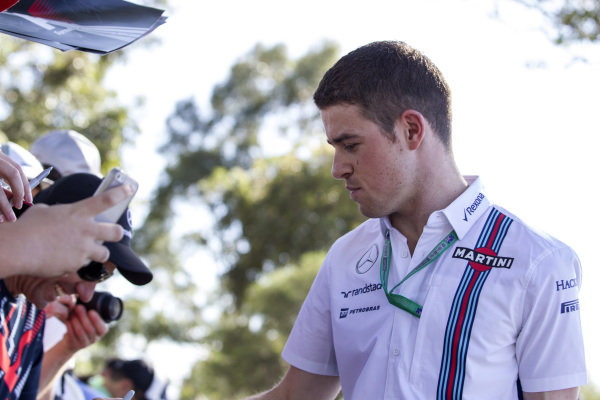 Paul di Resta (GBR) Williams Test and Reserve Driver signs autographs for the fans at Formula One World Championship, Rd1, Australian Grand Prix, Preparations, Albert Park, Melbourne, Australia, Thursday 17 March 2016.