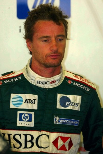 Eddie Irvine (GBR) Jaguar.Formula One Testing, Barcelona, Spain, 27 June 2002.DIGITAL IMAGE