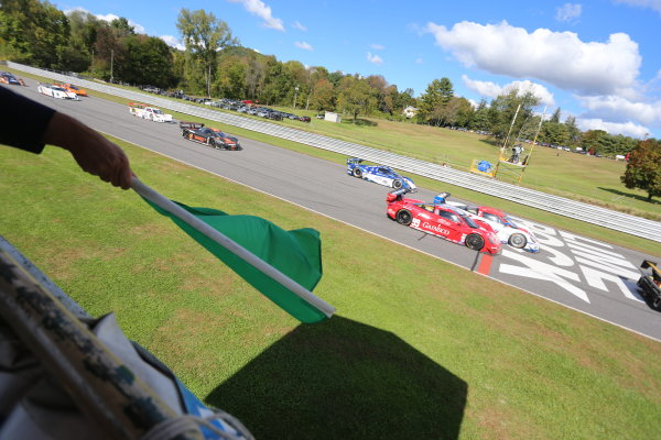 27-28 September, 2013, Lakeville, Connecticut USA The green flag waves to start the race. ©2013, R.D. Ethan LAT Photo USA
