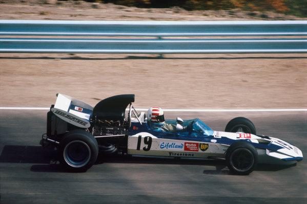 1971 United States Grand Prix.  Watkins Glen, New York, USA. 1st-3rd October 1971.  Sam Posey, Surtees TS9 Ford.  Ref: 71USA44. World Copyright: LAT Photographic
